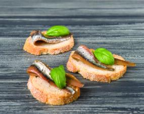 Smoked sardine, anchovies